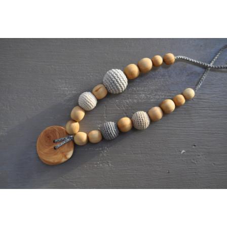 Necklace babywearing and breastfeeding Kangaroocare Adapt Grey Pearl Series Limited NaturiouSérie Limited Naturiou