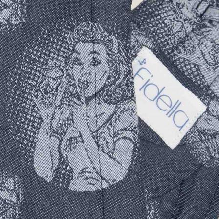 Fidella Fly Tai Cupcake Kiss myrtille (taille bambin) - Porte-bébé Meï-taï