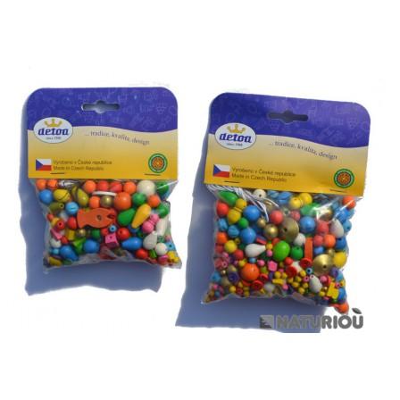 70 grammes et 100gr de Perles colorées en bois