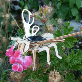 Maquette abeille solaire Héliobil